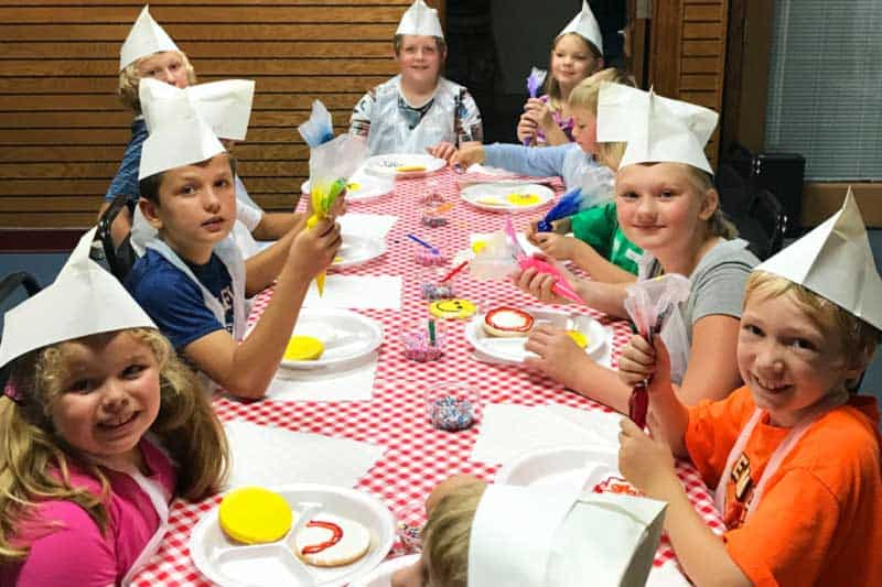 kids at bakery